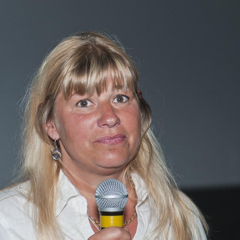 """Isabelle Gendre, réalisatrice de """"Mastodontes, l'énigme des titans de glace"""". – avec Isabelle Gendre."""