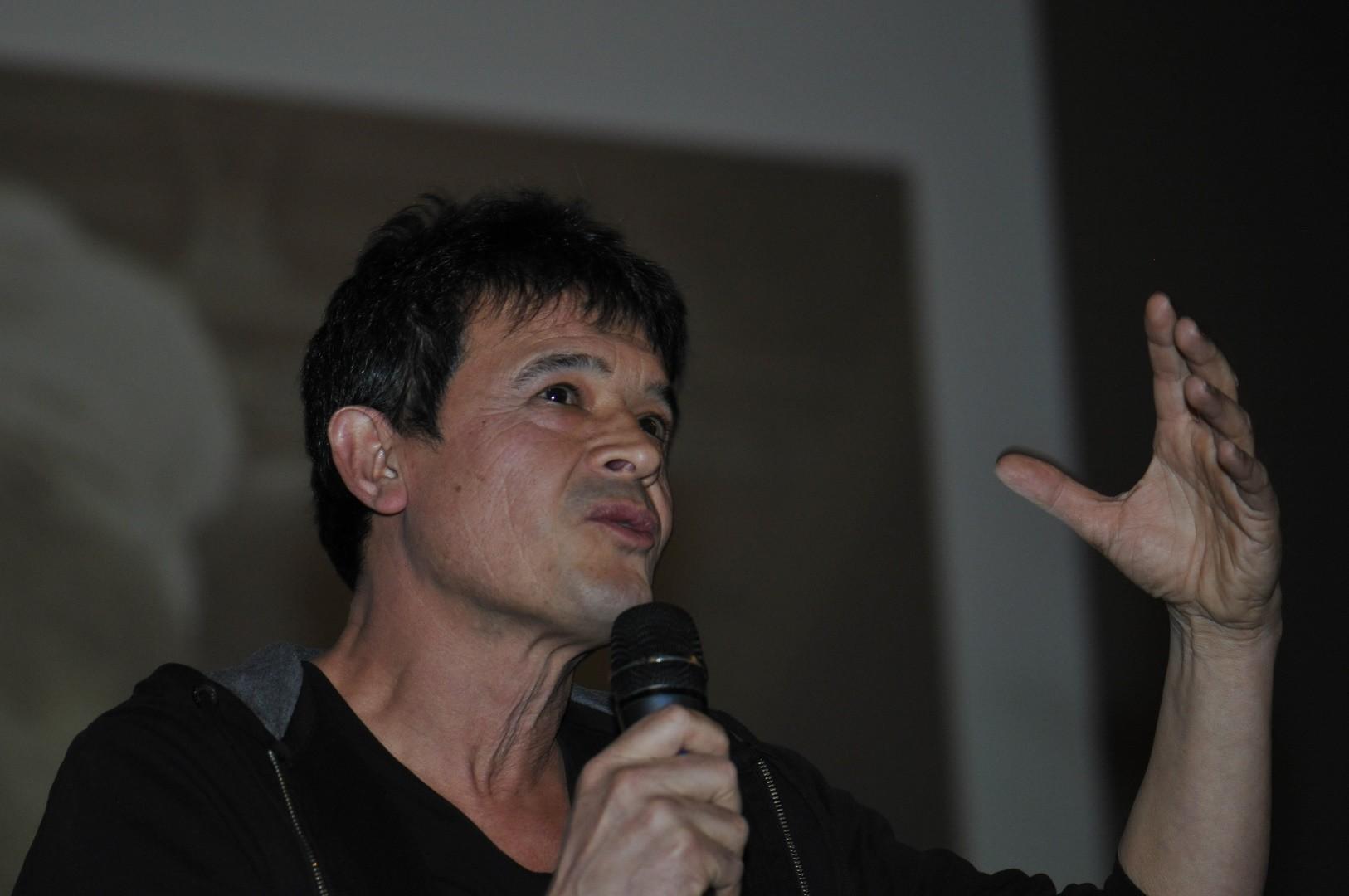 ChristianTran, réalisateur, présente Les génies de la grotte Chauvet