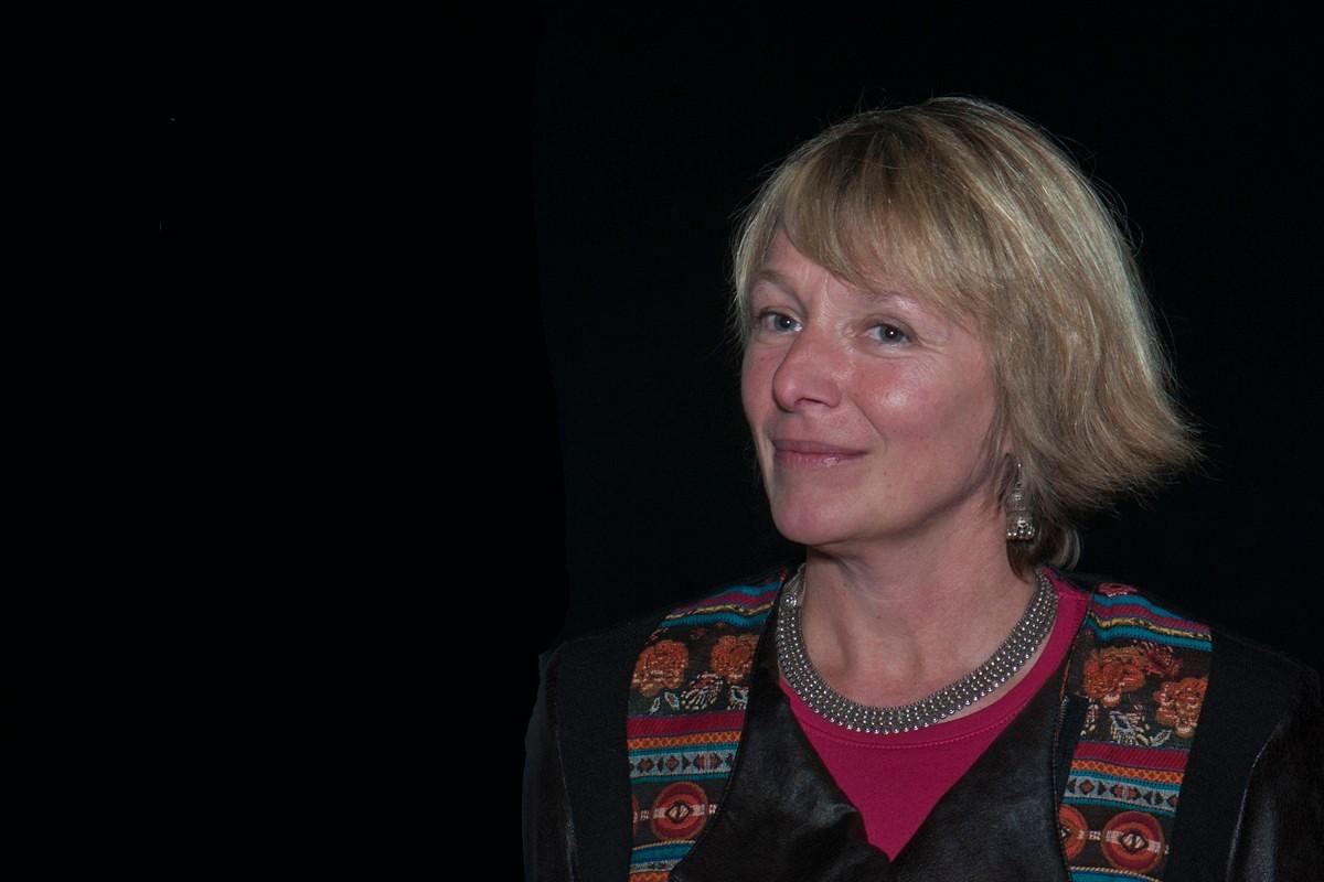 """Françoise Fontaine, directrice du domaine gallo-romain de Malagne, à propos du documentaire """"Malagne, la Gallo-Romaine"""""""