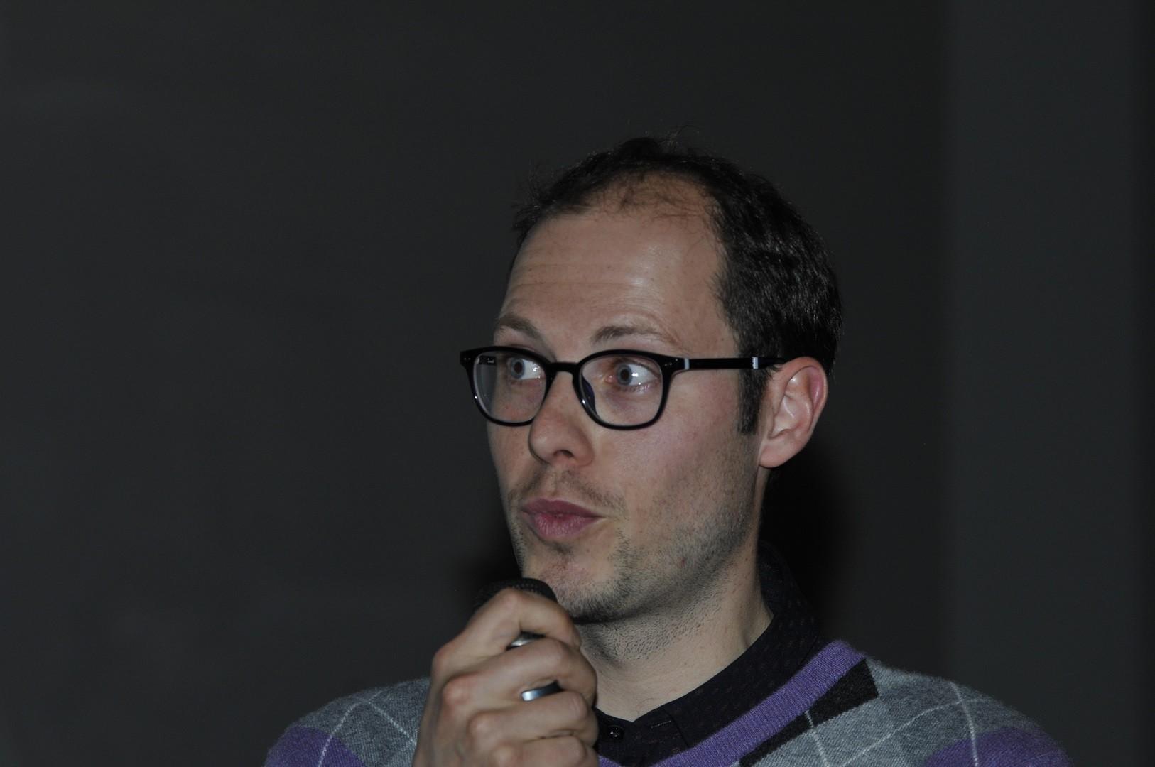 Gionata Consagra, archéologue suisse répond aux questions du public sur Les mystères d'Orikum