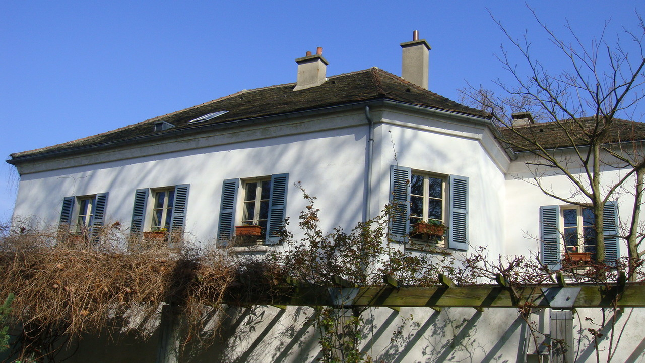 Maison du jardinage. Ancien bureau de perception des taxes