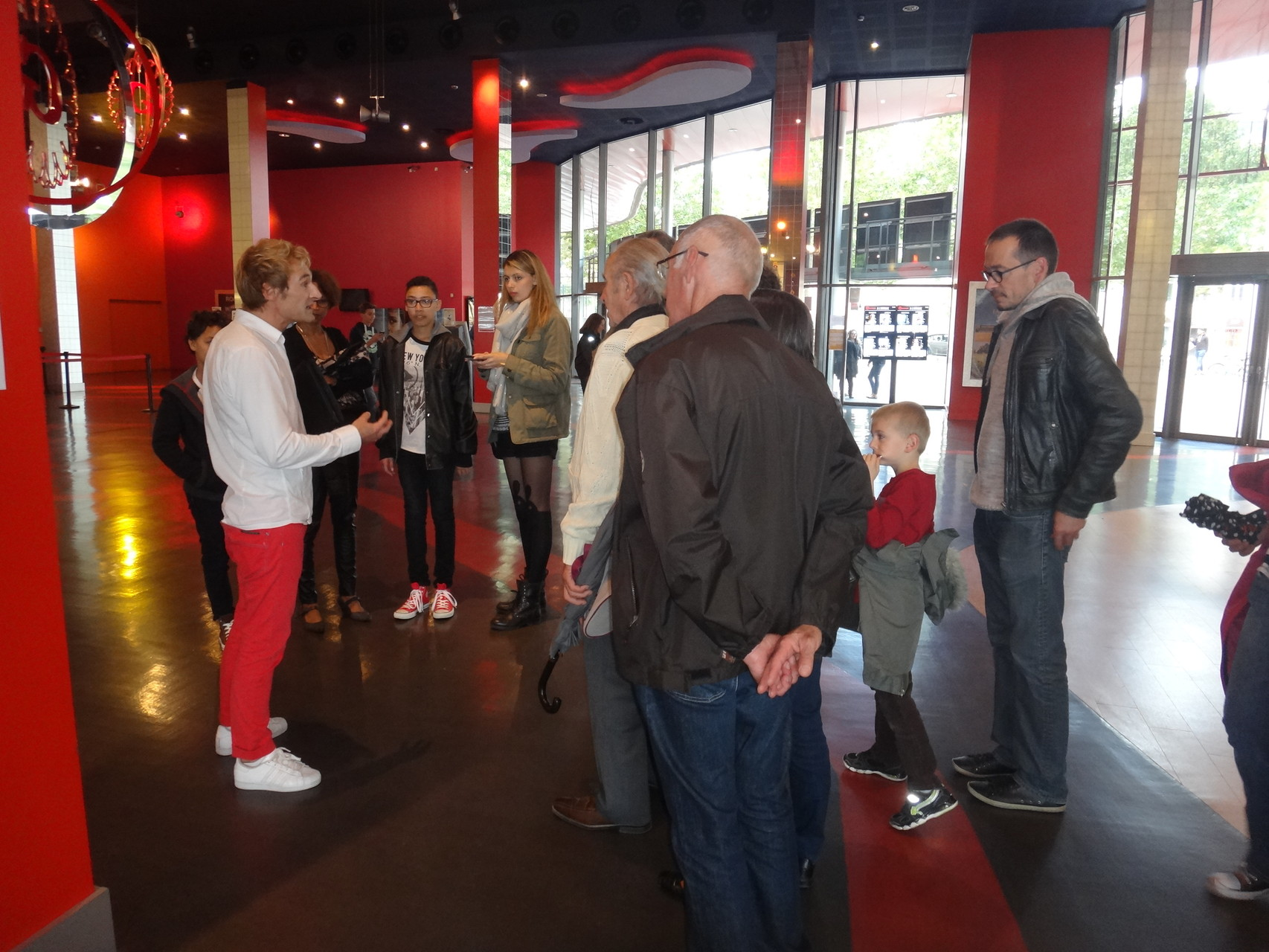 C'est parti pour la visite avec Alain Weislo le directeur du Gaumont