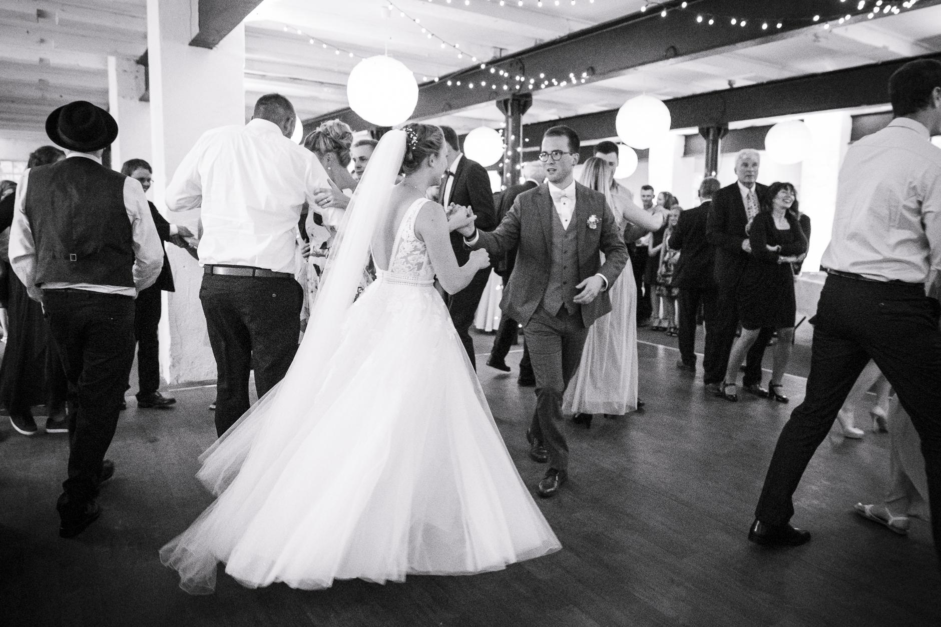 Hier kommt das Brautkleid erst richitg zur Geltung