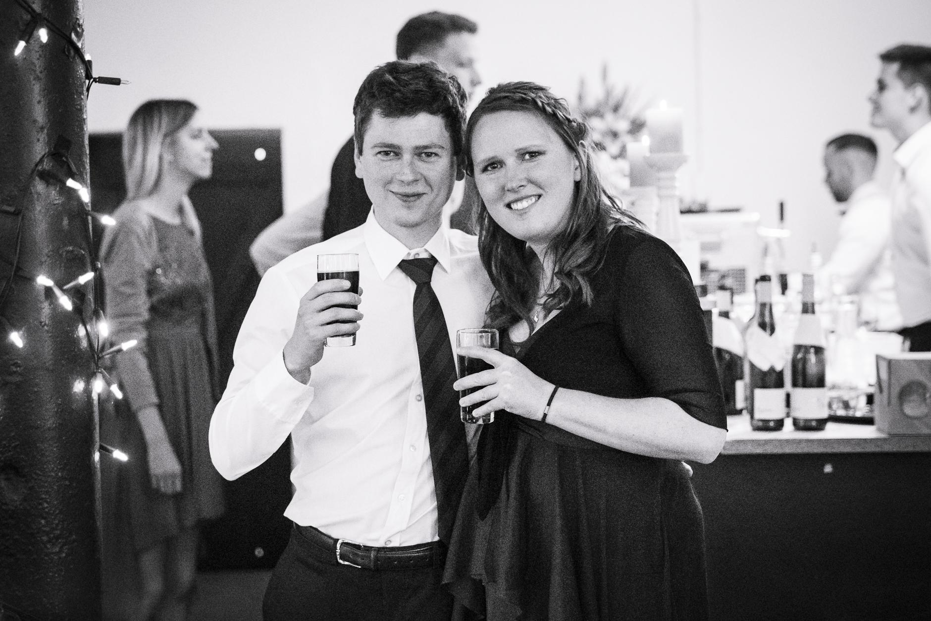Das Brautpaar ist ja nicht das einzige Paar auf einer Hochzeit