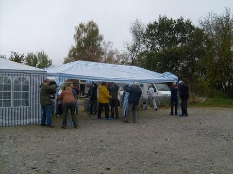 Aufstellung unsere Zelte