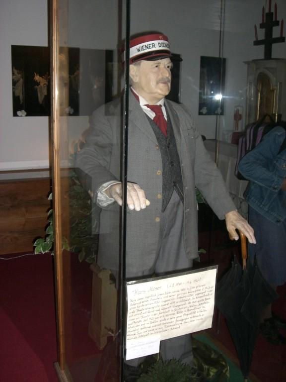 Hans Moser als Wachsfigur