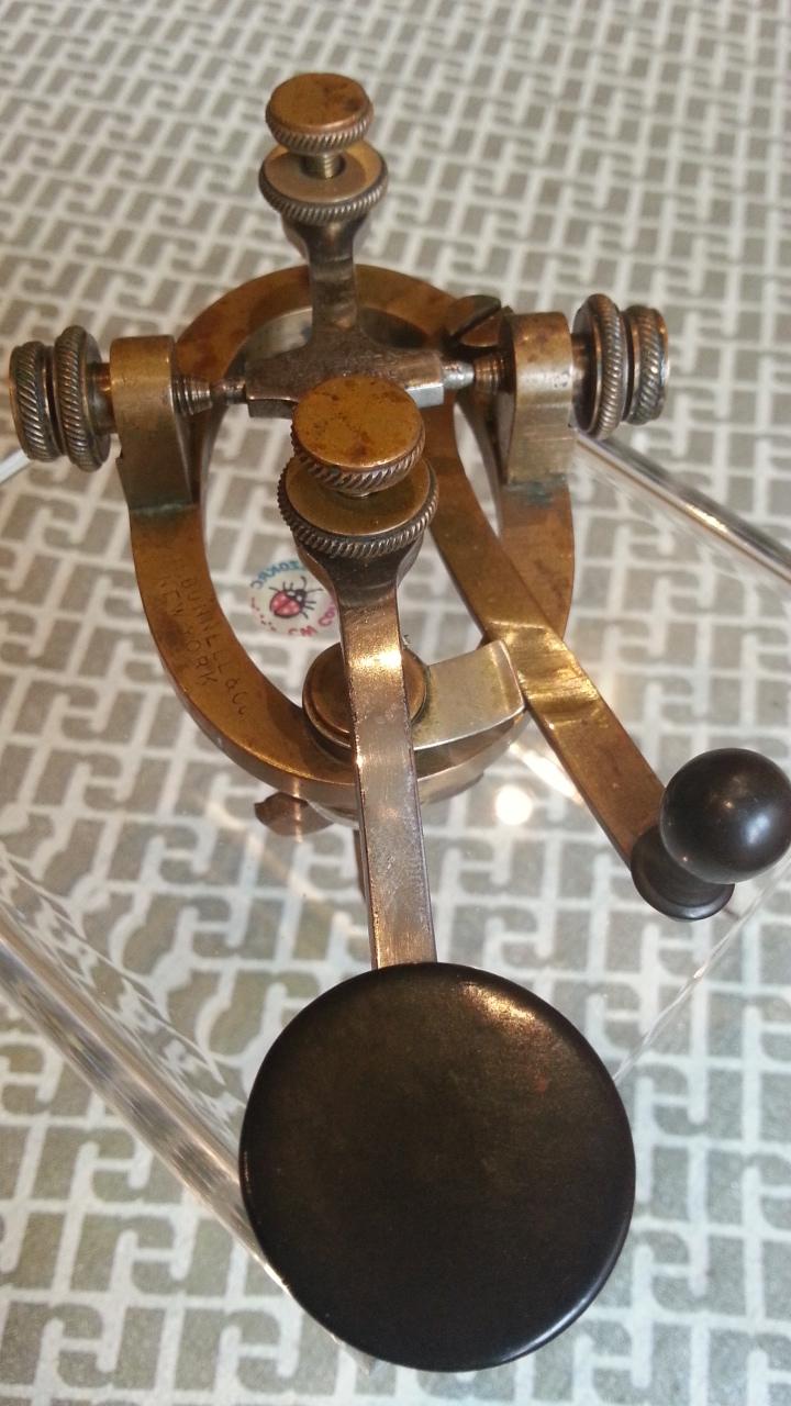 Bunnell Triumph leg key