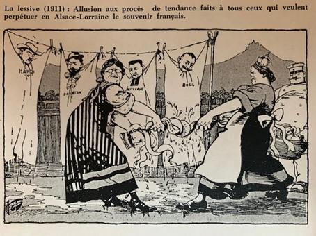 Suspendus comme du linge HANSI , le Député et Curé Emile WETTERLE et Léon BOLL en 1911