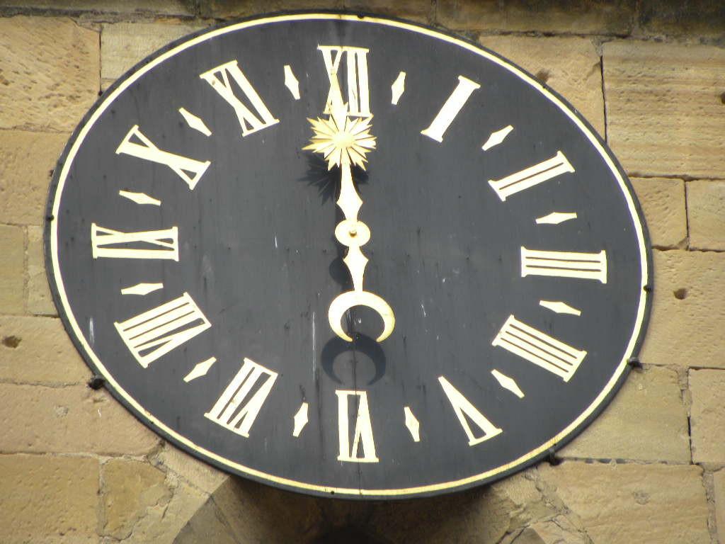 Horloge de l'église d'Eguisheim