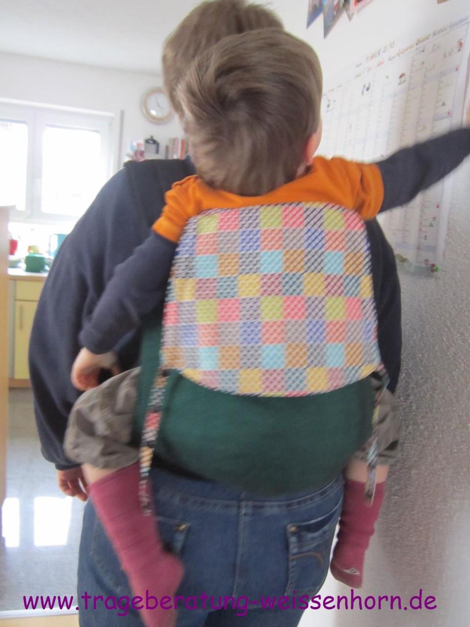 Frl.Hübsch toddlersize mit vierjährigem Tragling