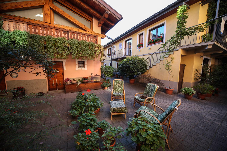 Bed and breakfast aosta al nabuisson - B b barcellona centro bagno privato ...