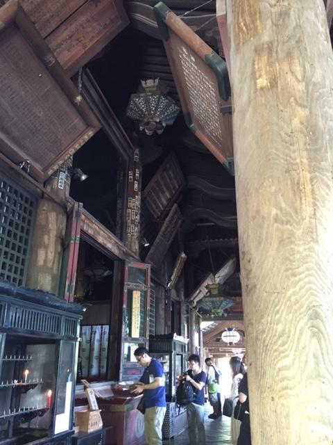 本堂の通路です(長谷寺)
