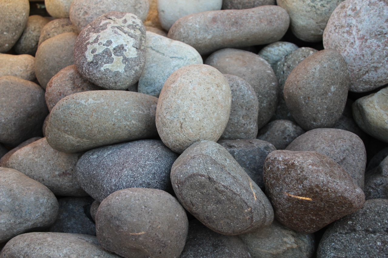 Vendita Pietre Da Giardino : Vendita pietre bianche da giardino: aiuole con sassi bianchi da