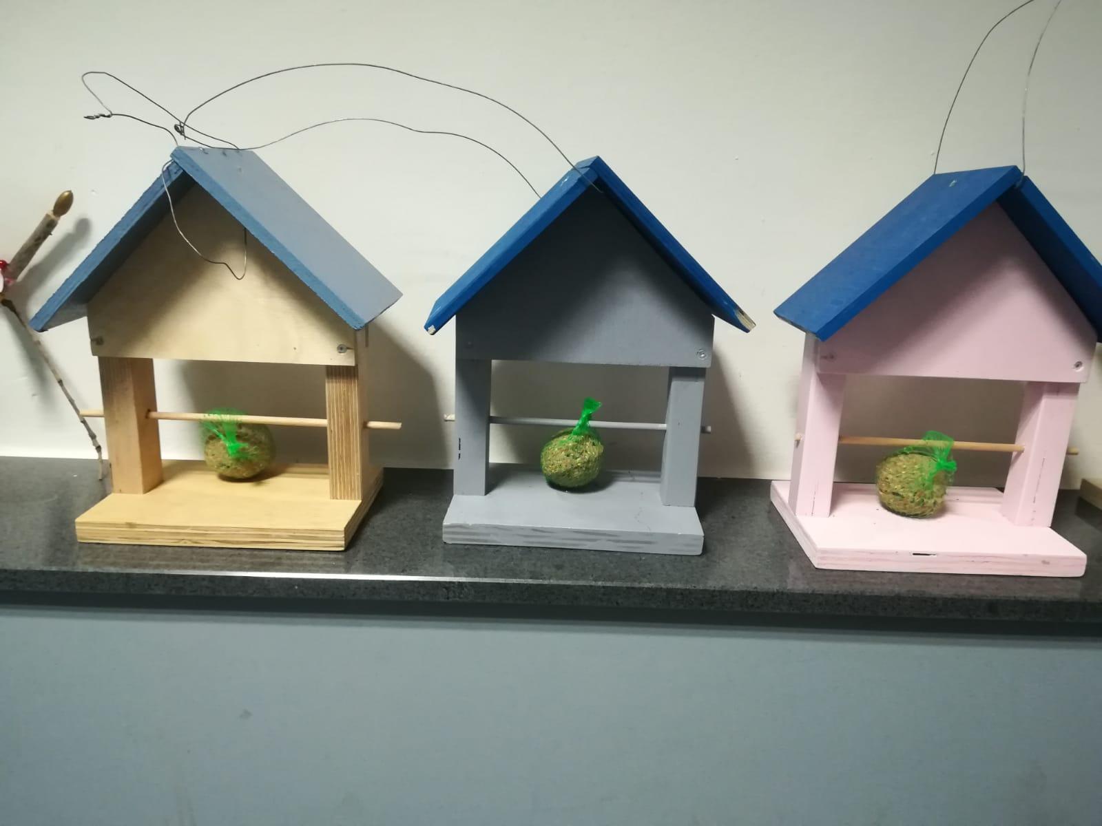 Vogelhäuser für Windecker Senior*innen