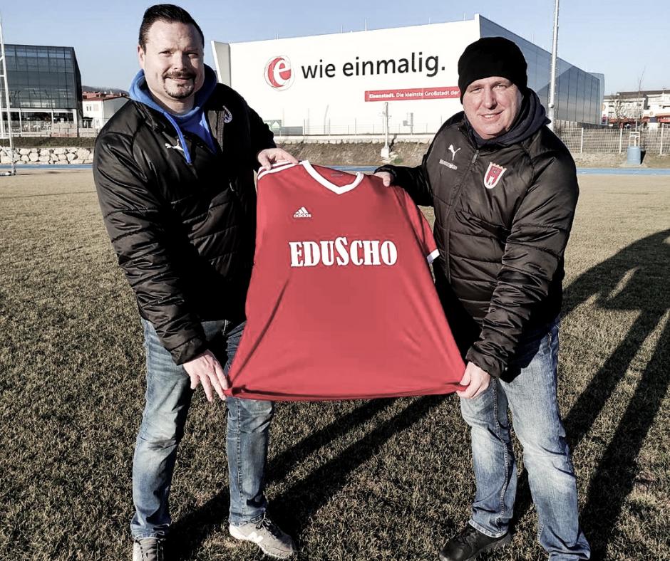 SCE präsentiert Retrotrikot zum Bundesliga-Jubiläum