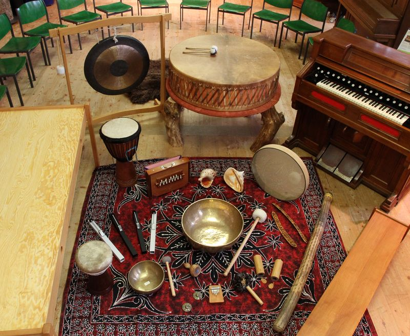 Großes Harmonium, Oceandrum, Gong & Co.