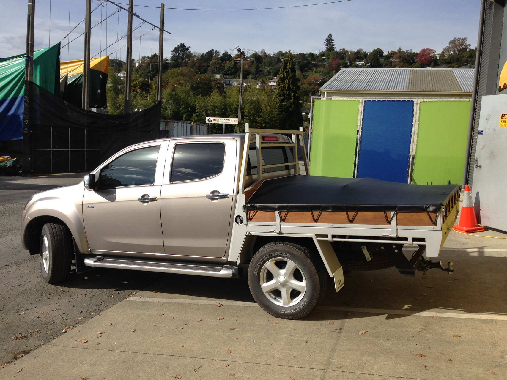 Great Wall Flatbed Ute Tonneau