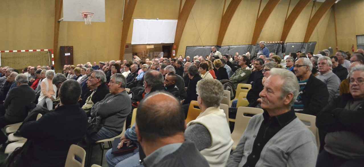 Quelques questions dans l'assemblée