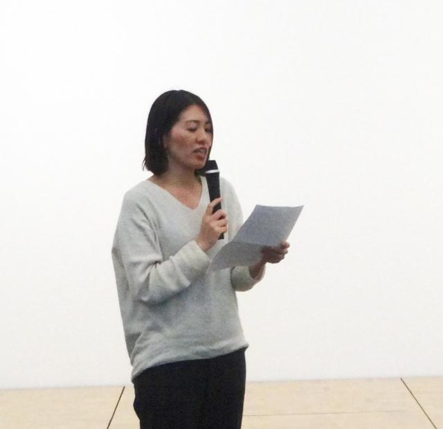報告集会では九州原告7番さんの手紙を紹介する小出真実弁護士