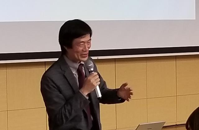講義を企画して下さった粂和彦教授(名古屋市立大学薬学部神経薬理学分野)