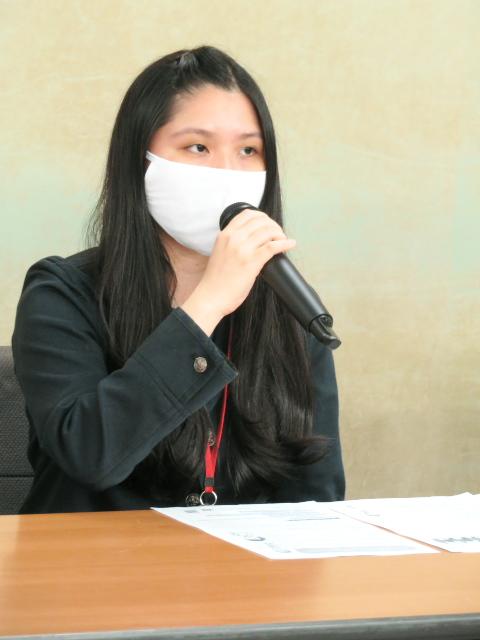 合同会議の方針に反対の意見を述べる伊藤維さん(東京訴訟原告)