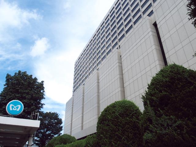 梅雨の晴れ間に恵まれた東京地裁