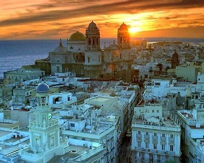 Fantastica visión de Cádiz (Andalucía) de Jose Luis Periñan Martinez. @All rights reserved 2011