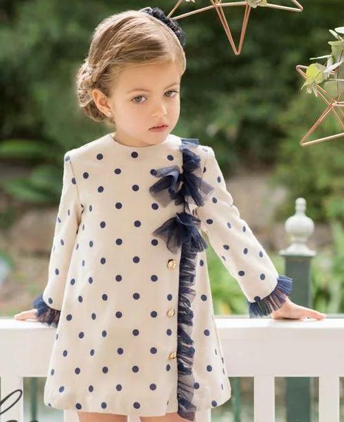 e8f5af74b0b52 2019-Vestido niña beige lunares marino Dolce Petit - Moda y ropa ...
