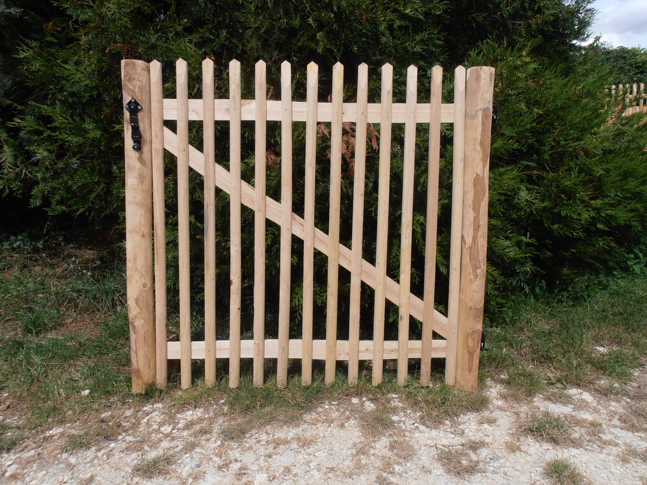 Boutique osier du morin cl tures am nagements for Portillon de jardin en bois
