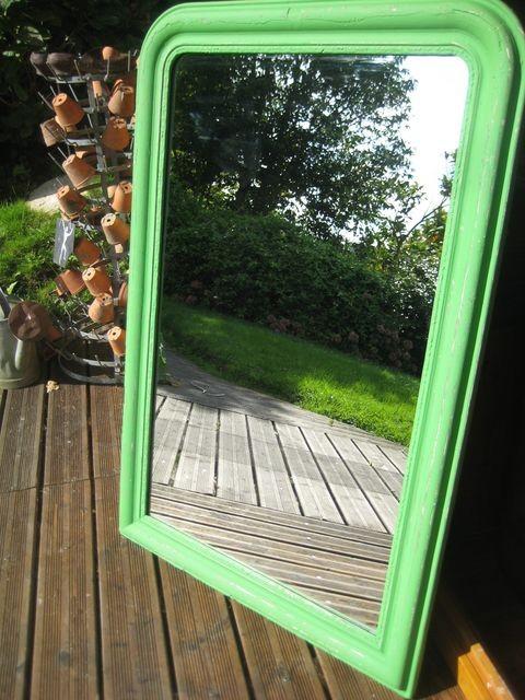 Miroir vert 165 €