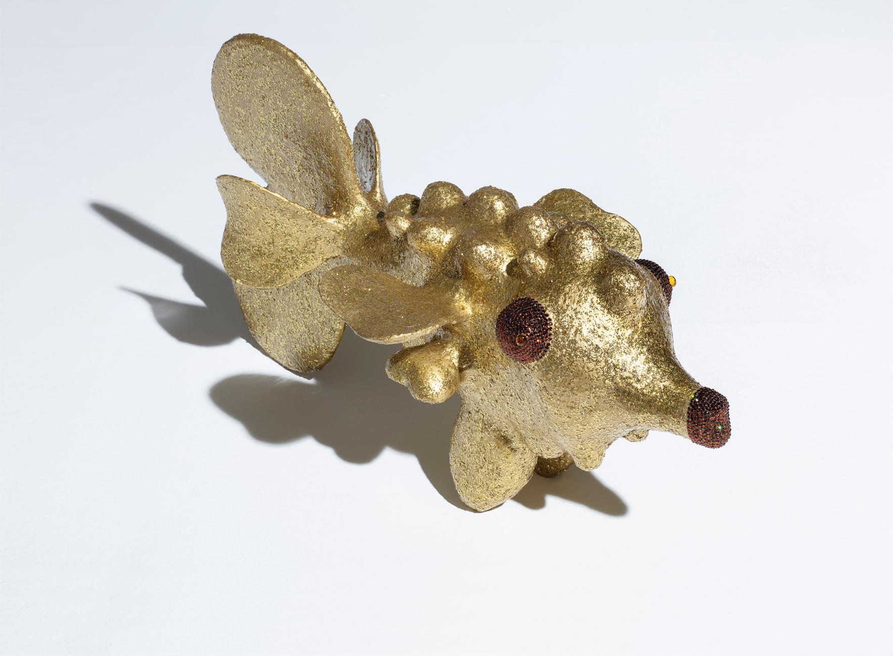 Fisch Gold groß besondere (geheime) Mixtur, 3500 Swarovskisteine, Glassteine  Unikat 2019, 47/42/83 cm