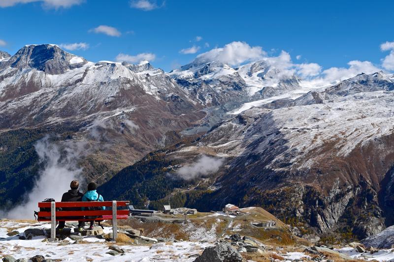 Wandern in Zermatt - Aussicht auf das Zermatt-Tal