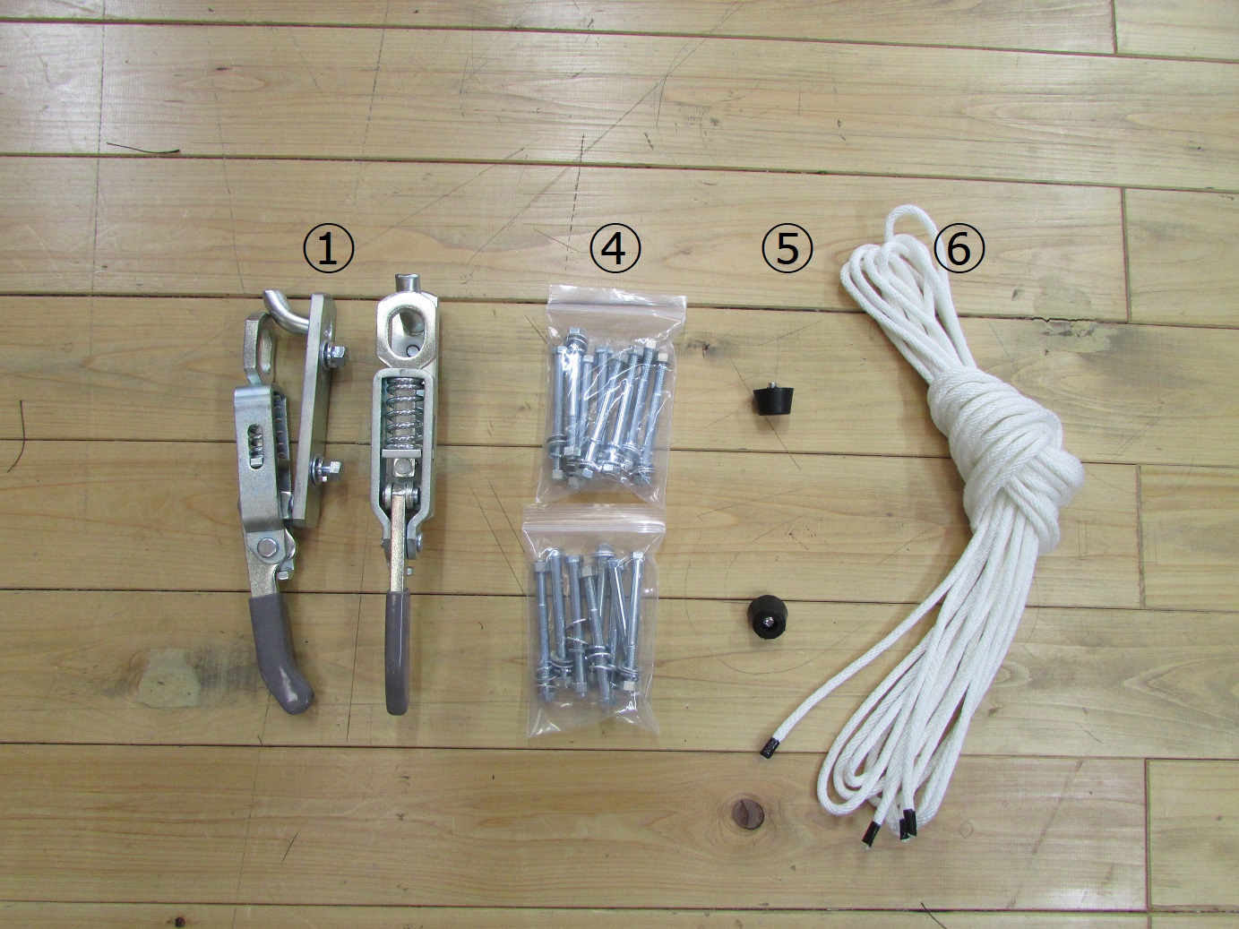 ⑤当てゴム2個 ⑥シート固定ロープ6M×2本