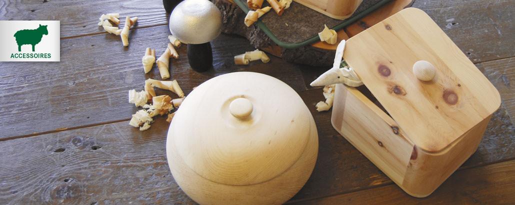 Wertvolles aus Zirbenholz – Brottöpfe, Schalen und mehr