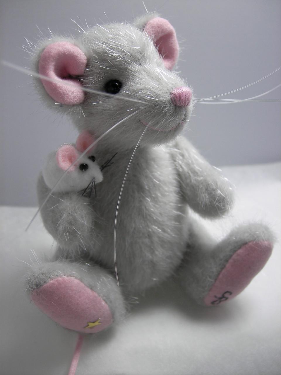 die erste Maus Adelchen