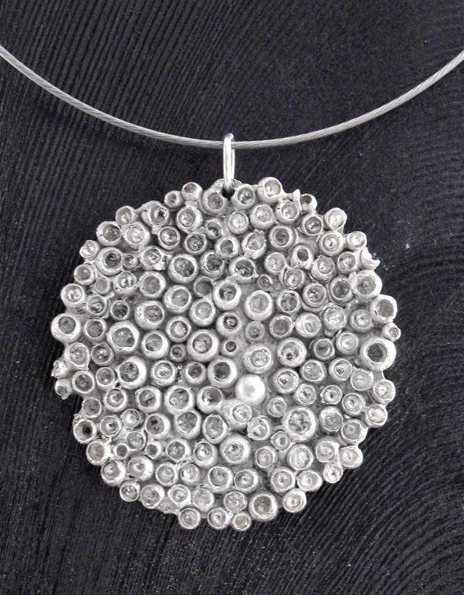 Bijou argent collier pendentif corail textures