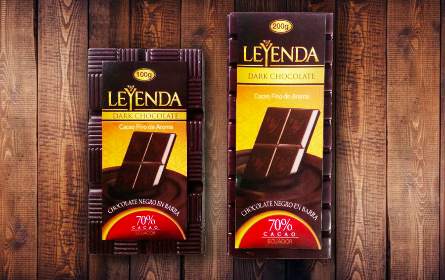 Chocolate en Barra 100g y 200g, envoltura transparente en presentaciones al 54,7% , 60%, 70%, 80% y 100%.