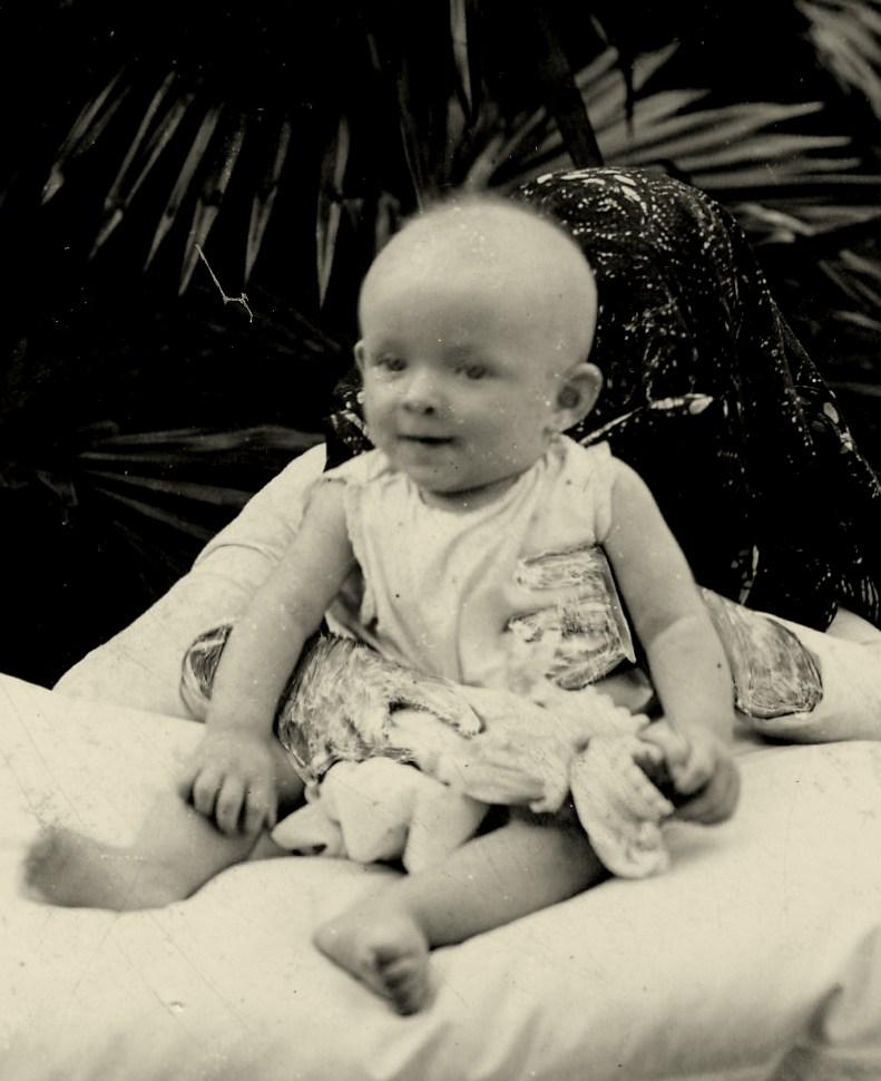 Julie vijf maanden oud (1903)