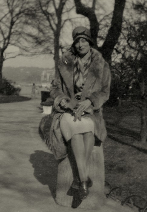 Julie in Paris (1929)