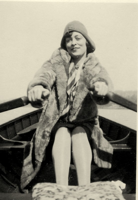 Julie on the water in Paris (1929)