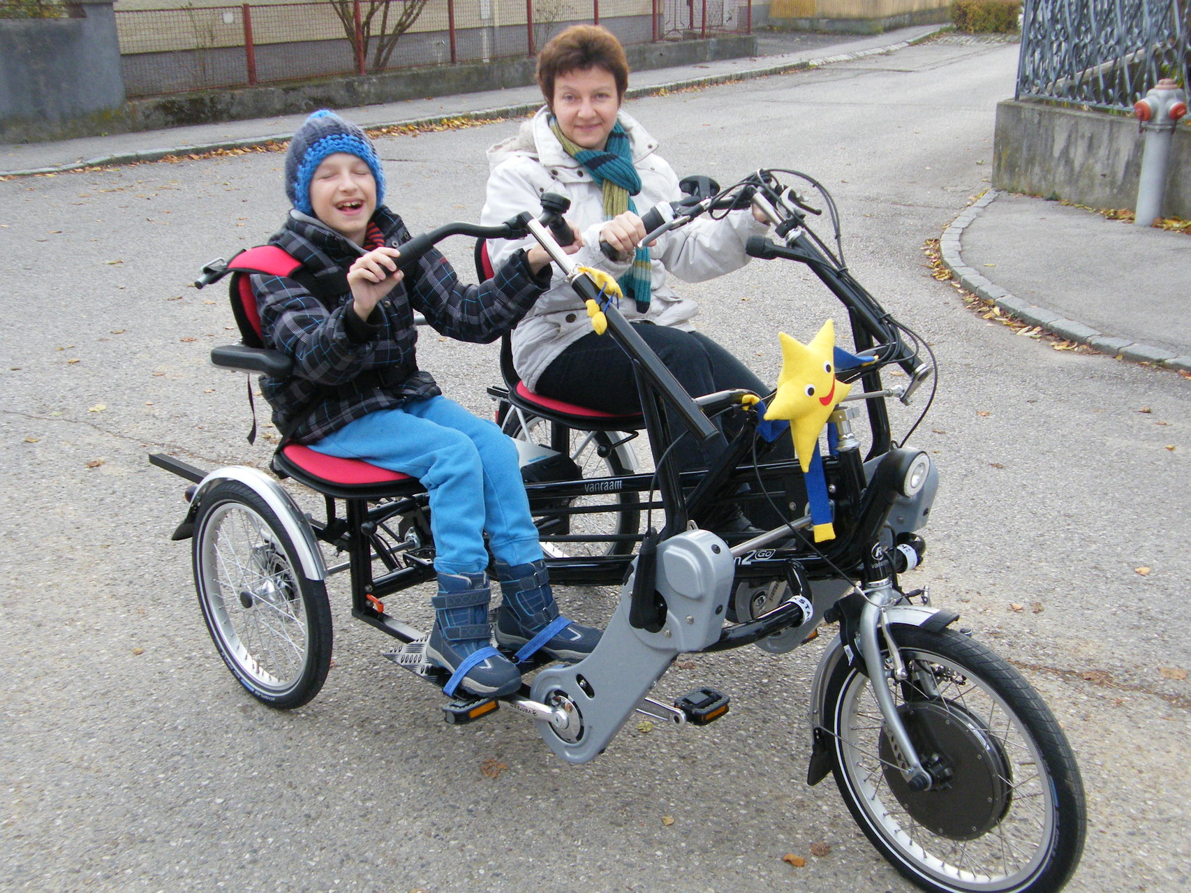 Fun2Go Dreirad für 2 Personen