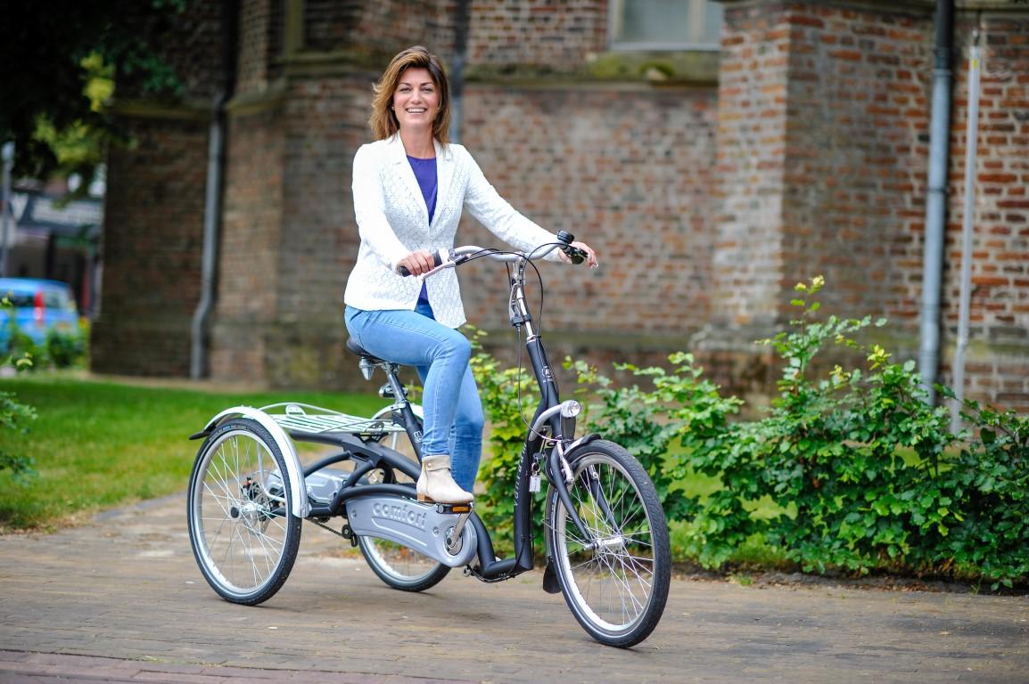 Maxi Comfort Dreirad von Van Raam - Komfortabel durch Düsseldorf