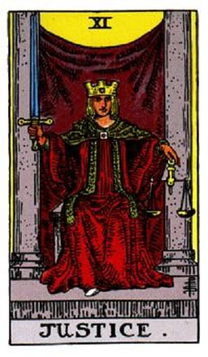 La justicia número 11 en la baraja de tarot, interpretación