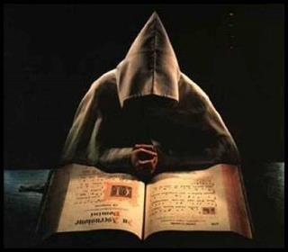 Nombres de poder, nigromancia, brujería y hechicería