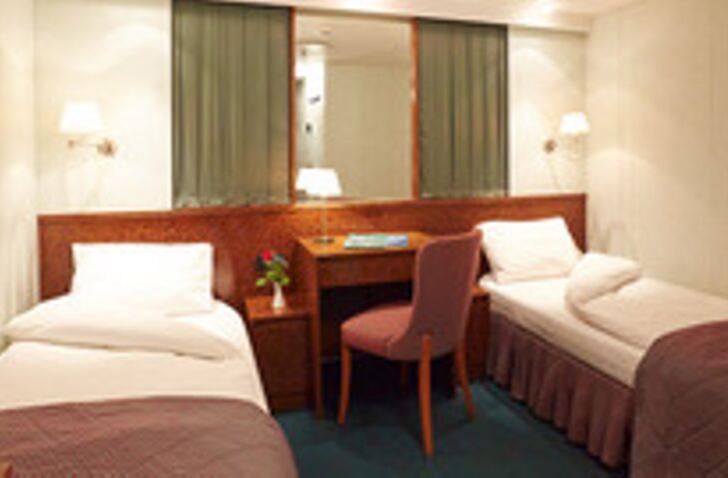 MS Hamburg kabine