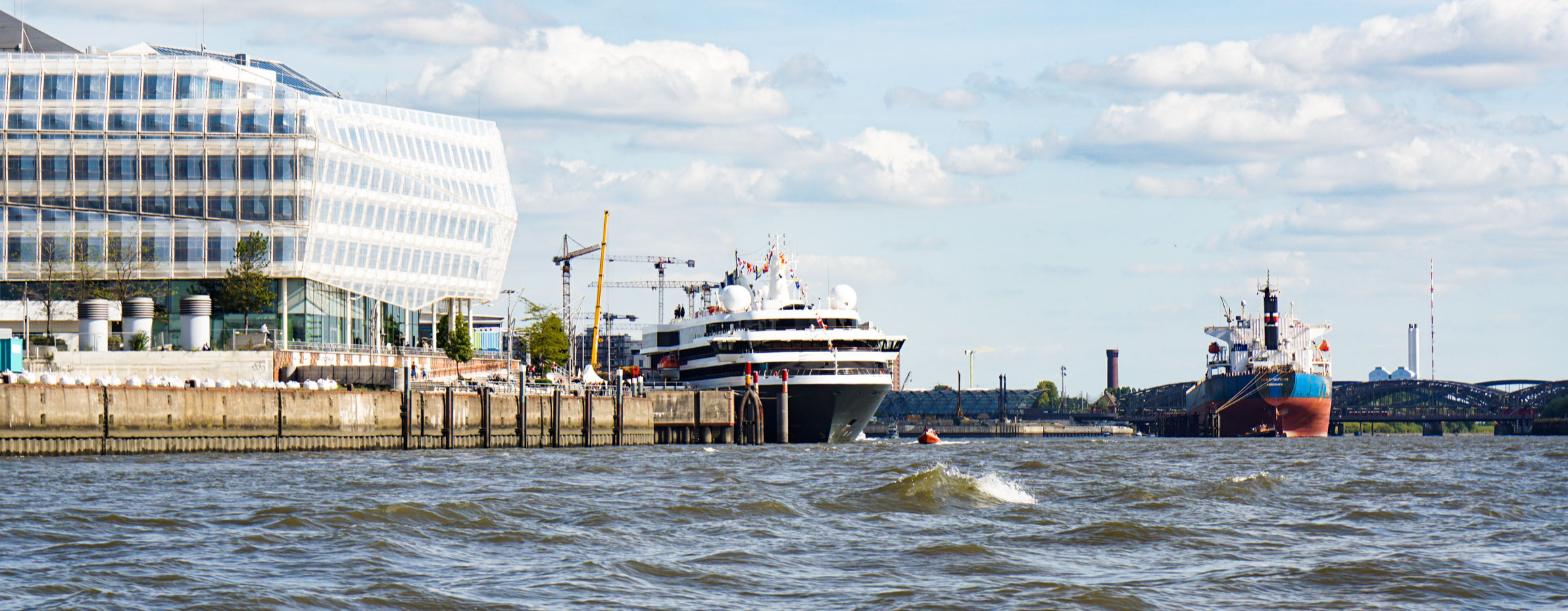 WORLD EXPLORER | Position, Webcam & Routen Cruise Paper