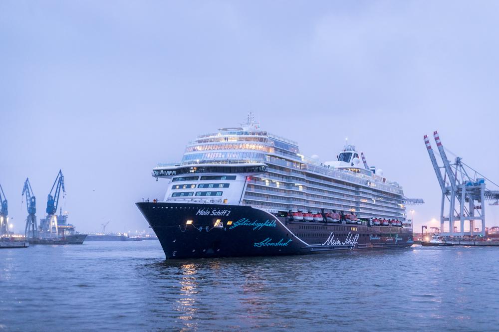 Mein Schiff 2 Erstanlauf Hamburg