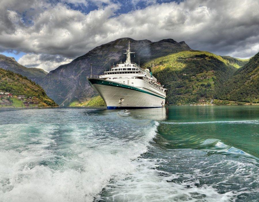 MS Albatros Phoenix Reisen