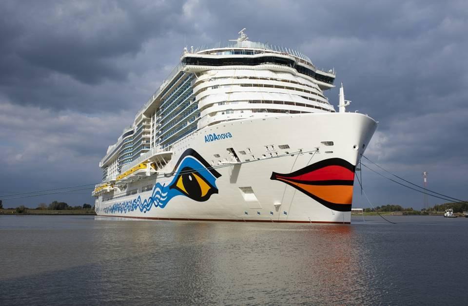 Erste Betankung von AIDAnova mit Flüssigerdgas // © AIDA Cruises