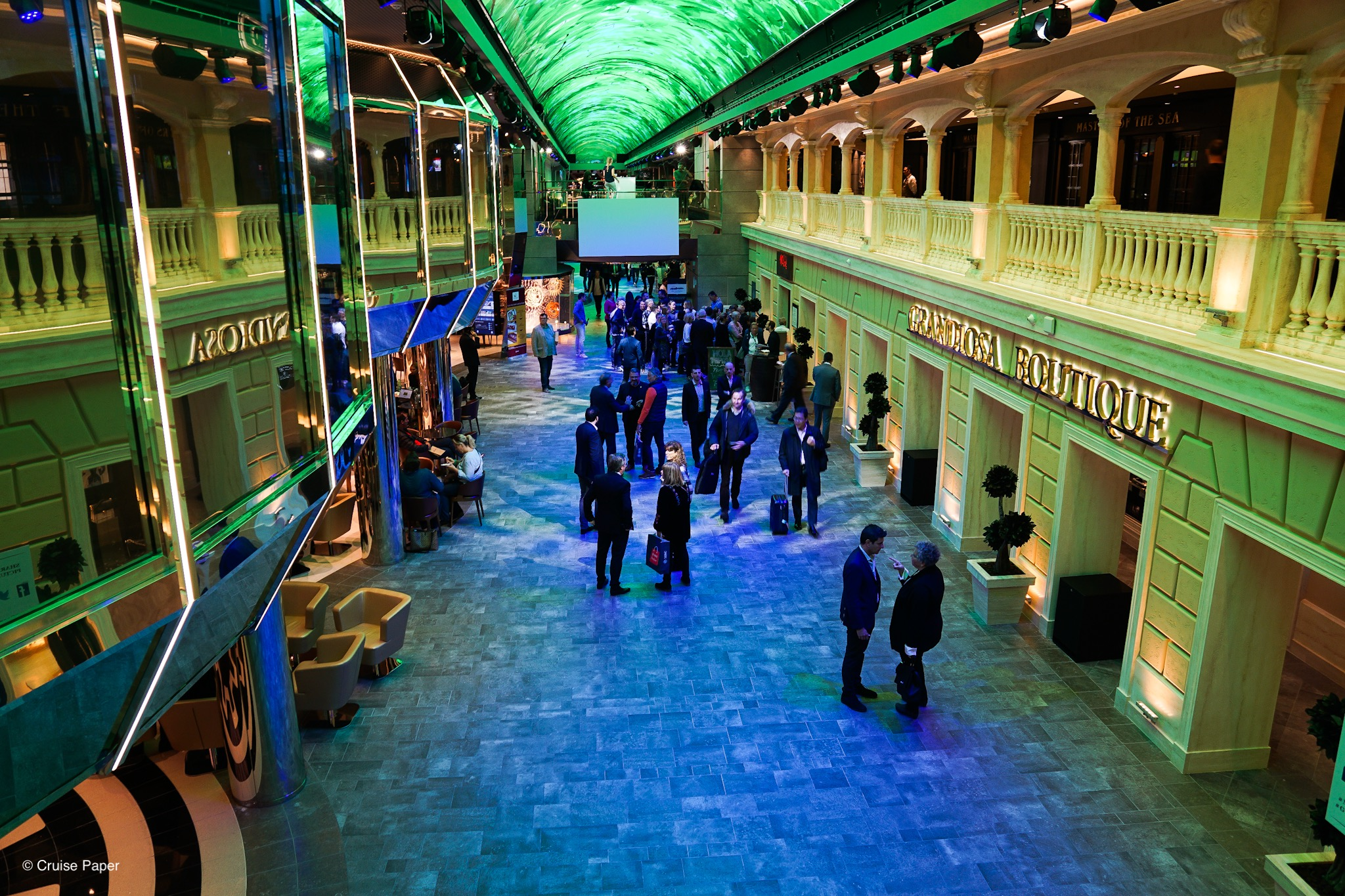 MSC Grandiosa Galleria Grandiosa